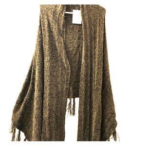 LuLaRoe MIMI wrap/scarf/cape/poncho. BNWT sweater